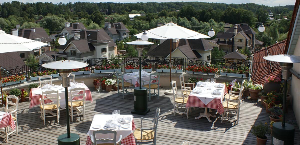 Ресторан La Colline, недалеко от поселка Малое Сареево