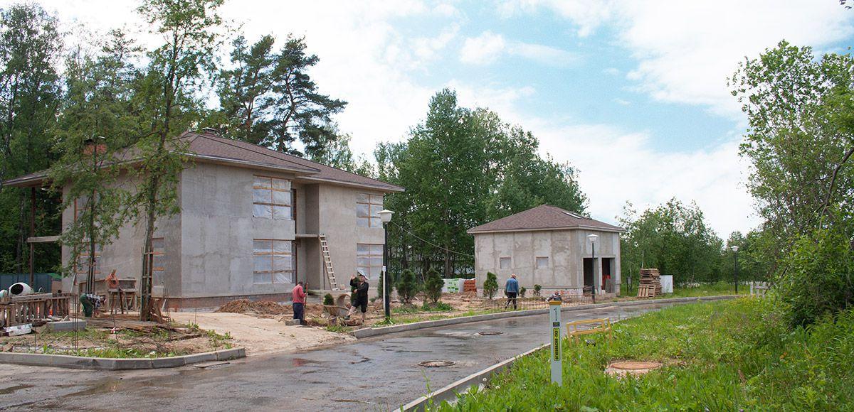 Строительство хозяйского и гостевого домов в поселка Малое Сареево